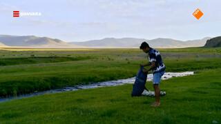 Maurice kampeert op de uitgestrekte Mongoolse vlaktes