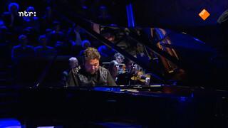 Mike Boddé speelt Rachmaninov