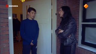 Ryanne langs de deuren