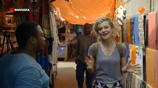 Nienke bezoekt het oude culturele centrum van Zanzibar