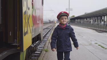 Philip gaat met de trein