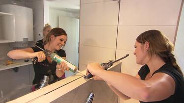 Hoe wordt een badkamer aangelegd?: Ontwerpen, leidingen aanleggen en inrichten