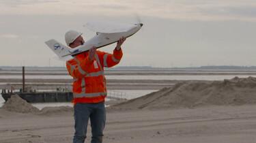 Hoe meet je een eiland?: Drones boven de Marker Wadden
