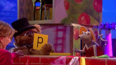 Pino goochelt met de letter P