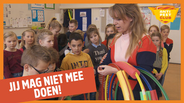 Anti Pest Club: Apeldoorn - 'Jij mag niet meedoen!'