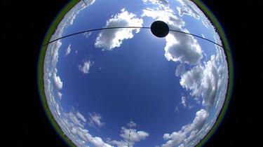 Hoe worden wolken gemeten?: Het KNMI meet of het morgen gaat regenen
