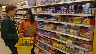 Hoe wordt je koopgedrag beïnvloed in de supermarkt?: Trucjes om jou zoveel mogelijk te laten kopen
