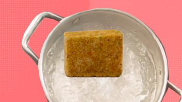 Wat zit er in kippenbouillonblokjes?: Gist met de smaak van kip