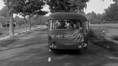Andere Tijden in de klas : Nederlandse communisten in de Koude Oorlog