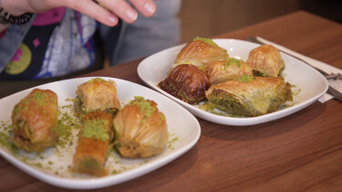 Hoe wordt Turkse baklava gemaakt?: Zoetigheid in laagjes