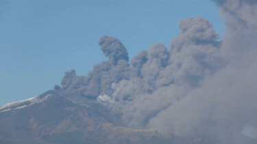 Waardoor zijn er zoveel vulkanen in Italië?