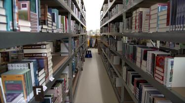Hoe worden bibliotheekboeken gemaakt?: Twee miljoen onverslijtbare boeken per jaar