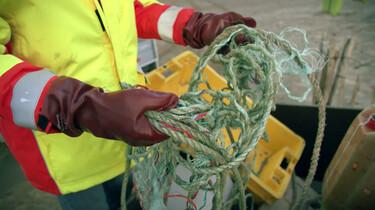 Wat gebeurt er met plastic dat aanspoelt op het strand?: Een tweede leven voor gejut plastic