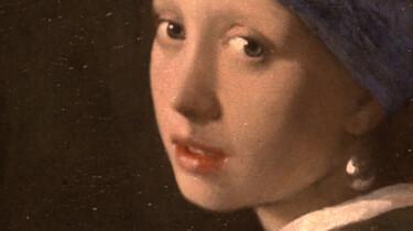 Het meisje met de parel van Johannes Vermeer: Is die parel er wel echt?