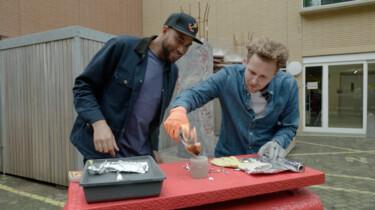 Hoe maak je vuur zonder aansteker of lucifer?