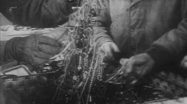 Diamantenroof door de Duitsers: Hoe de Duitsers hun oorlogsvoering betaalden