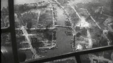 Rotterdam gebombardeerd