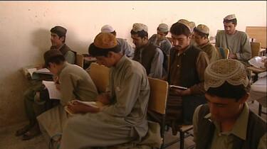 Naar school in Afghanistan