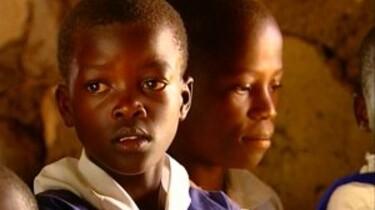 Naar school in Kenia