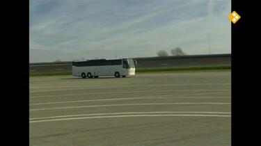 Het Klokhuis: Bus
