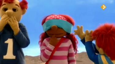 Het zandkasteel: Blindemannetje