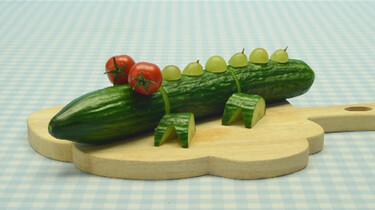 Een krokodil van komkommer: Mmmmm dat is een lekkere krokodil