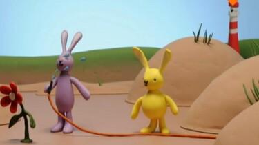 Konijn en konijntje en de tuinslang
