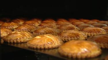 Hoe worden gevulde koeken gemaakt?