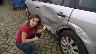 Hoe repareer je blikschade aan een auto?