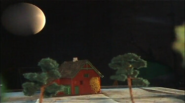 Volgt de maan je, waar je ook heen gaat?