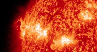 Zonnewind: Zonnedeeltjes en zonnestorm