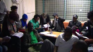 Nieuwsuur in de klas: Nederland moet zorgen voor illegalen
