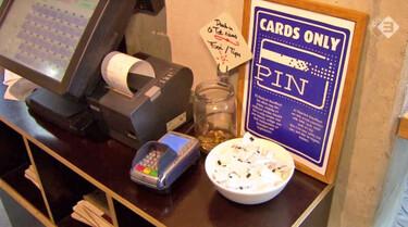 EenVandaag in de klas: Liever de pinpas dan cash geld