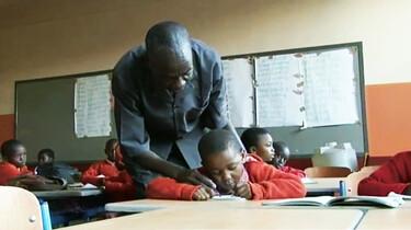 Ontmoet de familie Muthuku: Naar school
