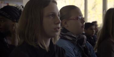 ZappDoc: Mensjesrechten: Joëlla, Best Friends Forever