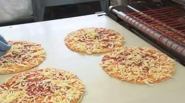 Hoe wordt pizza gemaakt?