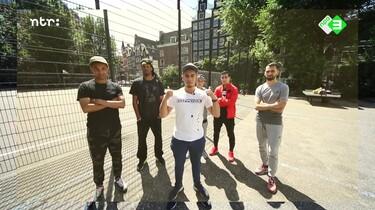 Rauwkost: Waarom is Nederland goed in straatvoetbal?