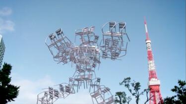 Dansende stoelen maken een toren: Stoelen dansen