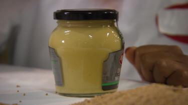 Hoe wordt mosterd gemaakt?