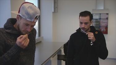 Proefkonijnen in de klas: Wat is de smerigste geur op aarde?