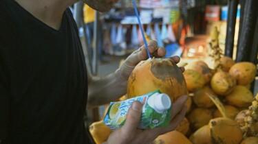 Keuringsdienst van Waarde in de klas: Kokoswater