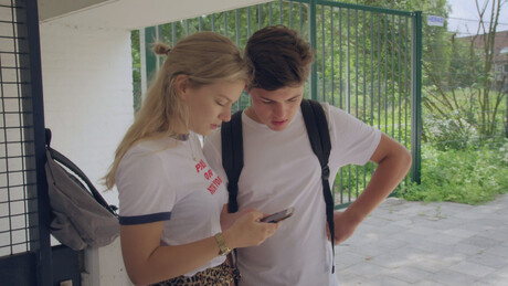 Brugklas | Verslaafd aan je mobiel