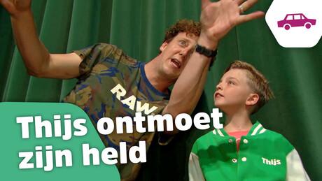 Aflevering 4: Thijs maakt grappen met Jochem Myjer & Kom erbij! videoclip