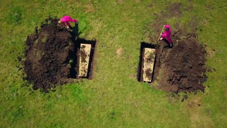 Flyboarden, Spookhuis en Levend begraven
