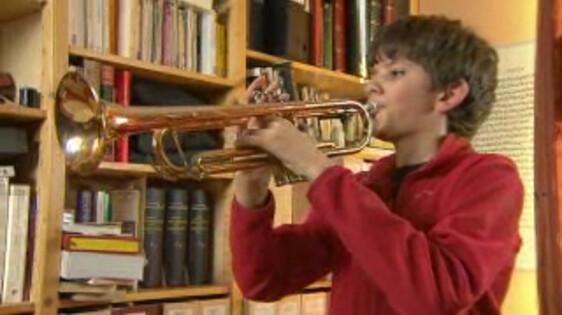 Fonkelnieuw Schooltv: Trompettist - Hoe zit een trompet in elkaar? KU-72