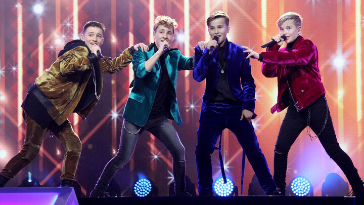 gemist serie junior songfestival
