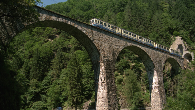 Zwitserland: MOB (Montreux-Oberland-Bernois) Bahn