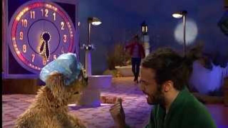 Tommie zingt met Alain Clarck: Ik moet in bad