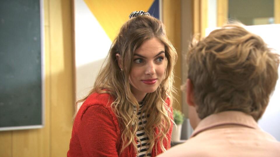 Screenshot van aflevering: Spieken en slikken