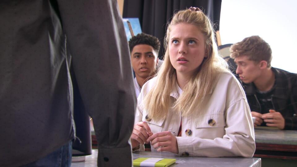 Screenshot van aflevering: Niet te koop